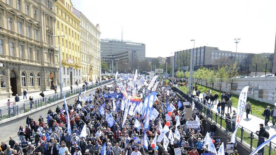 Protivládní demonstrace v Praze. Ilustrační foto.