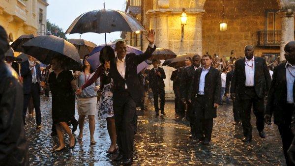Obama se v neděli procházel po Havaně. V týdnu ho čekají důležitá setkání.