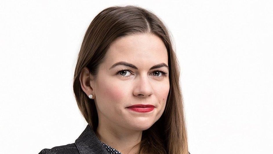 Radka Lang, Divize Public Affairs v agentuře Grayling