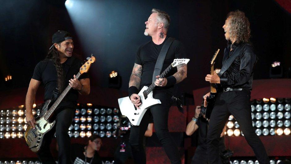 Členové skupiny Metallica na snímku ze zářijového koncertu v newyorském Central Parku.