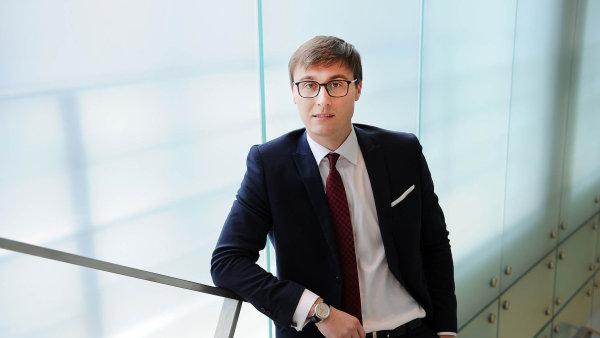 Petr Krpata, měnový stratég ING Bank v Londýně.