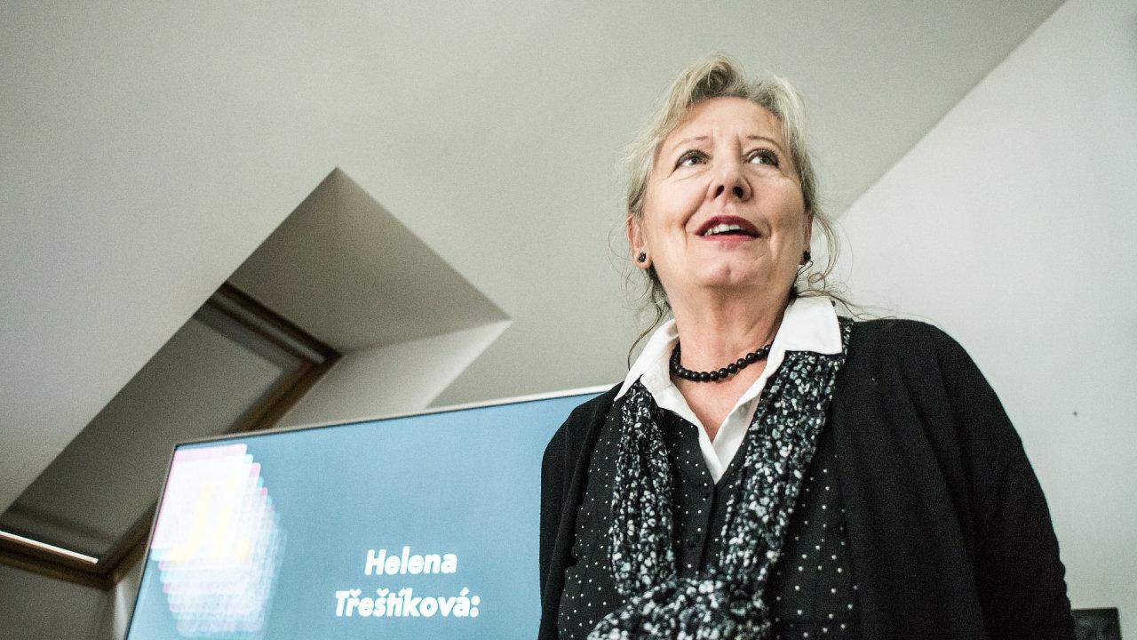 Pořadatelé jihlavského festivalu program představili na tiskové konferenci v bytě Heleny Třeštíkové (na snímku).