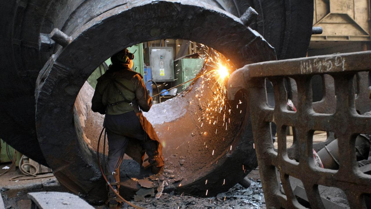 Výroba ve strojírnách ŽĎAS