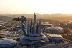 V Číně vyrostl unikátní zábavní park využívající virtuální realitu. Nabídne virtuální horskou dráhu i let nad provincií