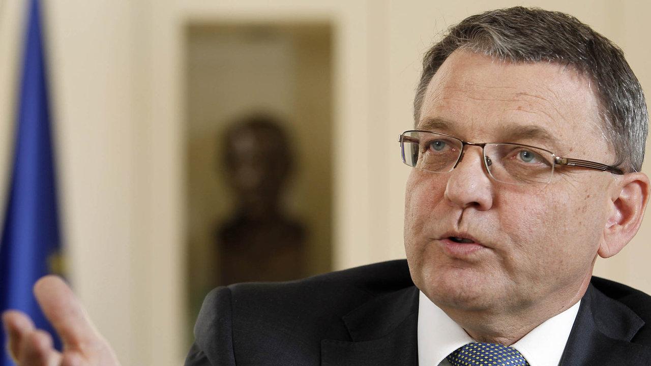 Proč je Brusel přehlíží? Lubomír Zaorálek se cítil odstrčený, když už před létem v Bruselu upozorňoval, že hlavní cestou bude trasa přes Balkán.