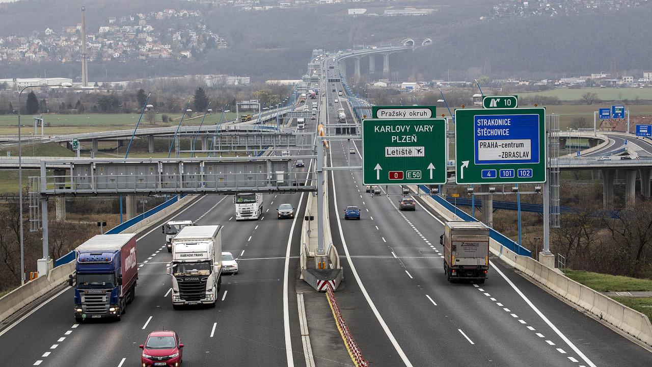 Dlouhý radotínský most přinesl zvýšený hluk do několika pražských městských částí.