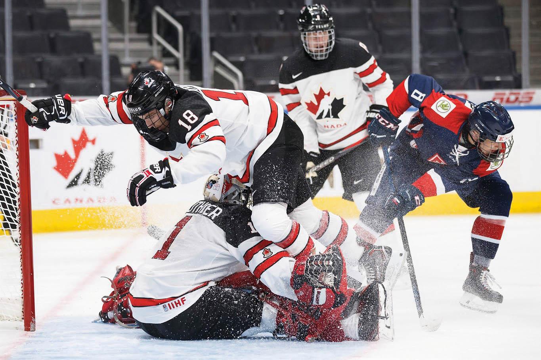 Hokejový turnaj hráčů do18 let seporoce vrací zpět doBřeclavi. Kfavoritům bude opět patřit Kanada.