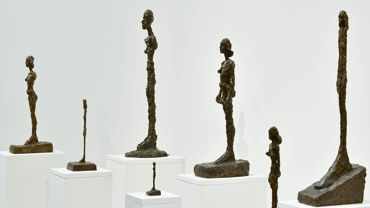 Giacomettiho retrospektiva v pražském Veletržním paláci je první přehlídkou umělcova díla u nás.
