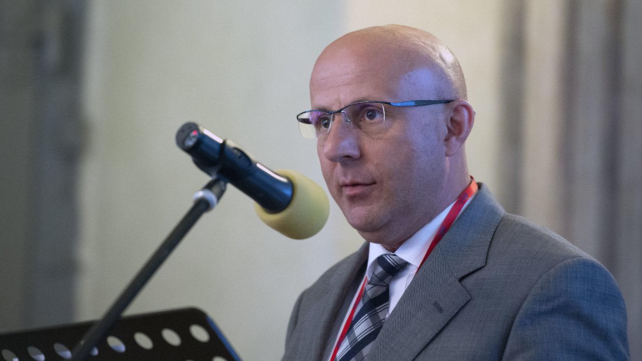 Bývalý tajemník Česko-čínského centra UK Miloš Balabán.