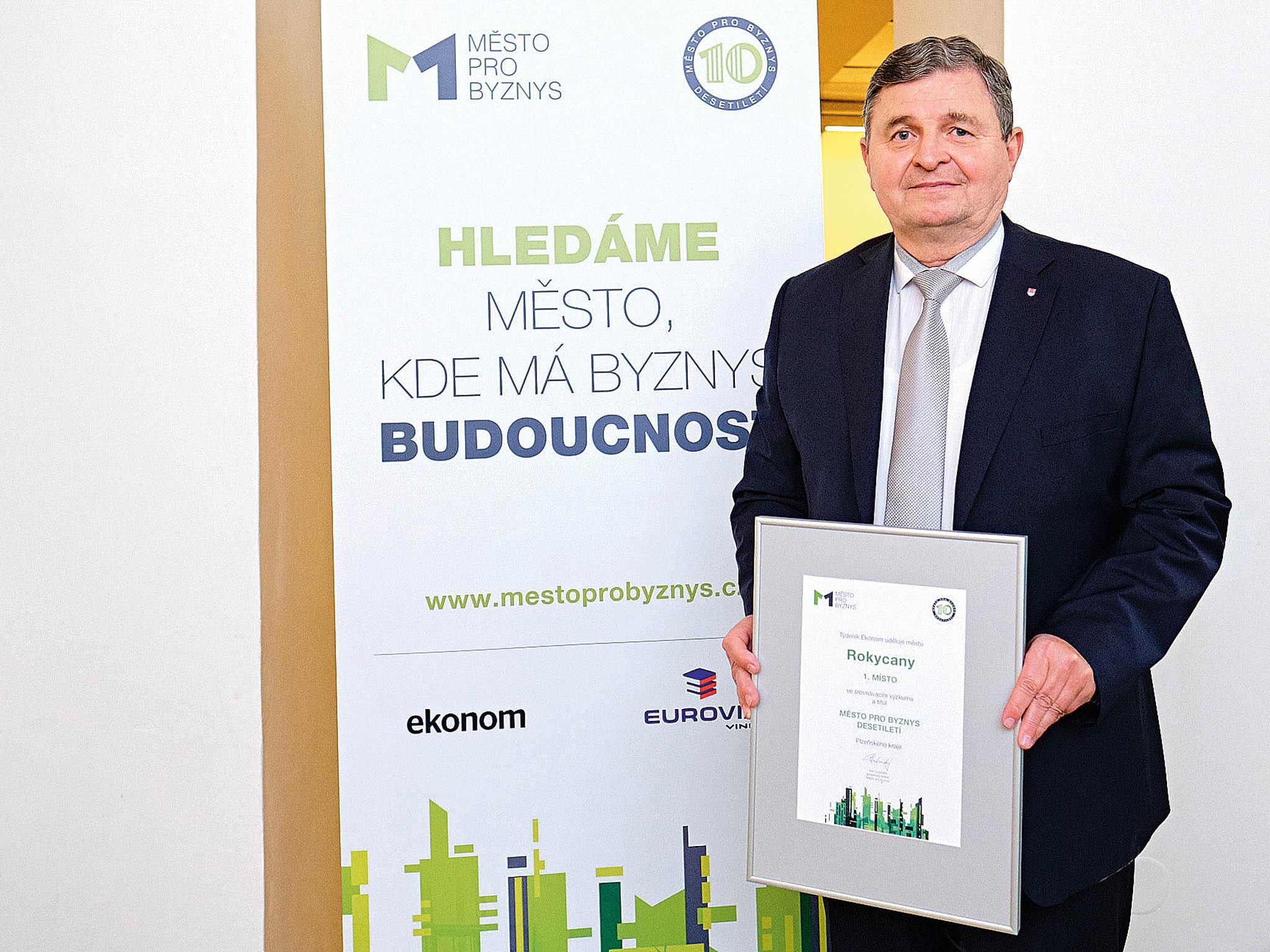 """""""Snažíme se, aby radnice byla vlídná klidem ipodnikatelům,"""" říká starosta RokycanVáclav Kočí."""
