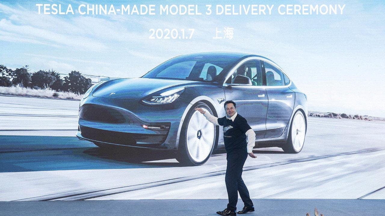 Americký výrobce elektrických aut Tesla plánuje, že vČíně zřídí designové centrum, které bude navrhovat vozy Tesla pro celý svět.
