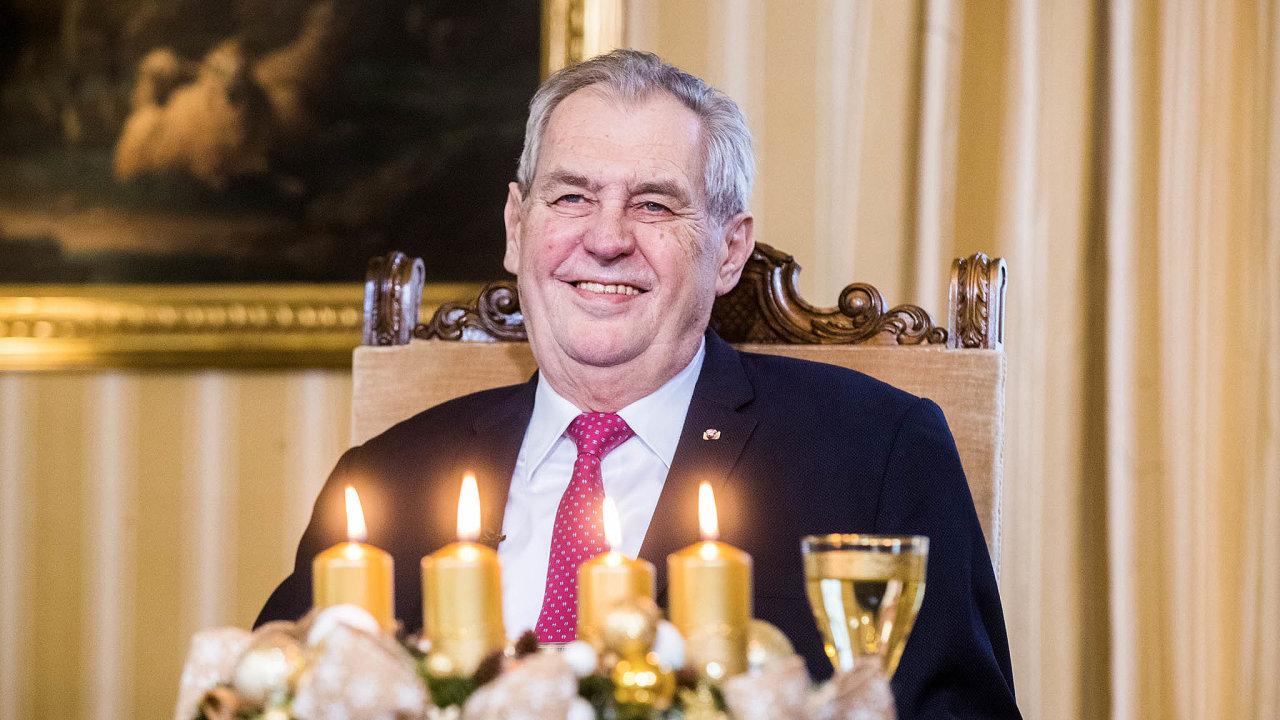 Prezident Miloš Zeman obvinil novináře Ferdinanda Peroutku znapsání článku