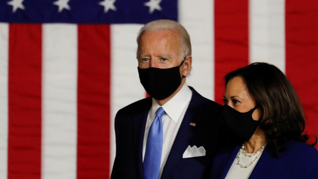 Joe Biden si odsvé kandidátky naviceprezidentku Kamaly Harrisové slibuje, že pomůže oživit jeho poněkud mdlou kampaň.