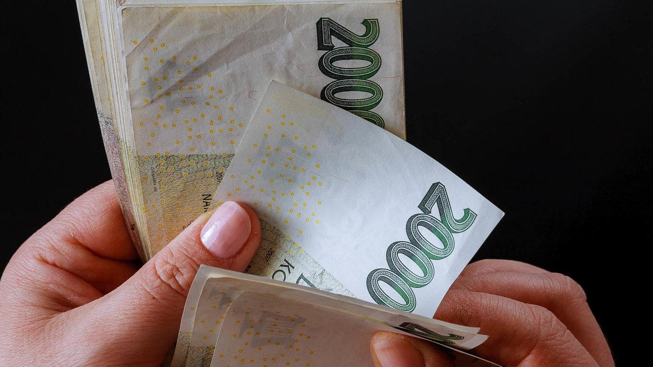 Babiš navrhl razantní snížení daní zaměstnanců | Hospodářské noviny  (iHNed.cz)