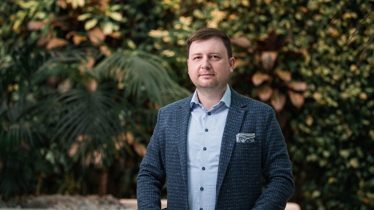Martin Medek (35), lídr týmu pro nové obchodní modely a otevřené bankovnictví ČS, pracuje pro skupinu Erste a její dceřiné společnosti ve střední a východní Evropě od r. 2011.