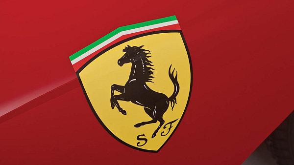 Ferrari se na počátku letošního roku oddělila od automobilky Fiat Chrysler Automobiles - Ilustrační foto.