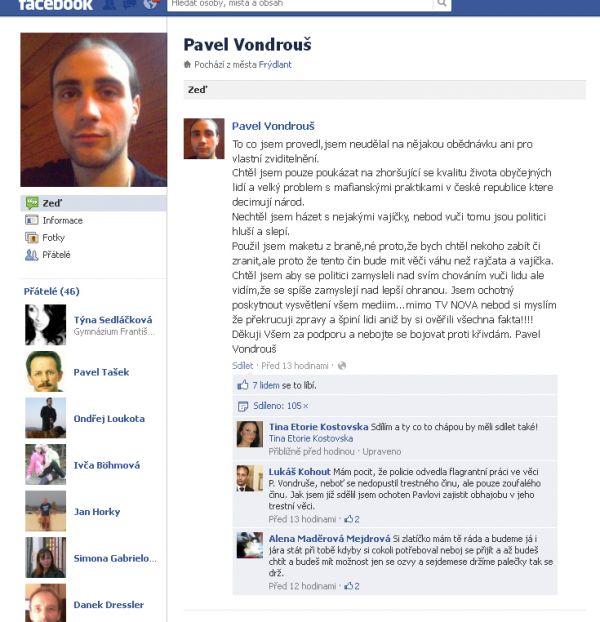 Pavel Vondrouš na Facebooku vysvětluje, proč zaútočil na Klause.