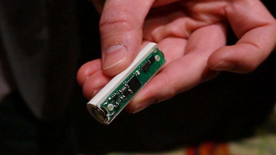 Tethercell, baterie ovládaná mobilním telefonem