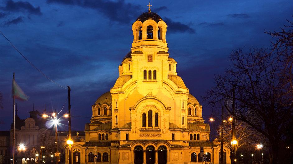 Firemní daň v Bulharsku je jen 10 procent. Na snímku katedrála v Sofii.