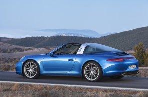 Porsche se vrací ke kořenům. Nový model Targa kombinuje kabriolet s kupé