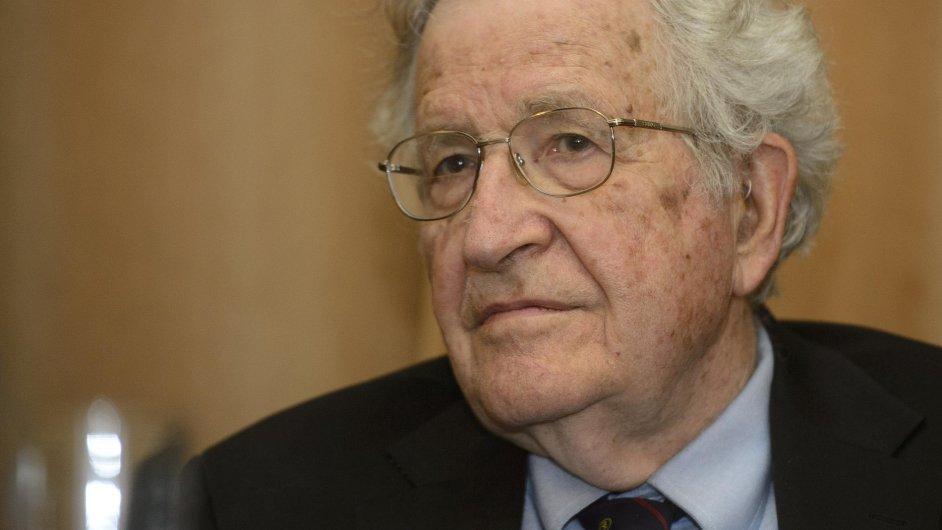 Noam Chomsky v Praze