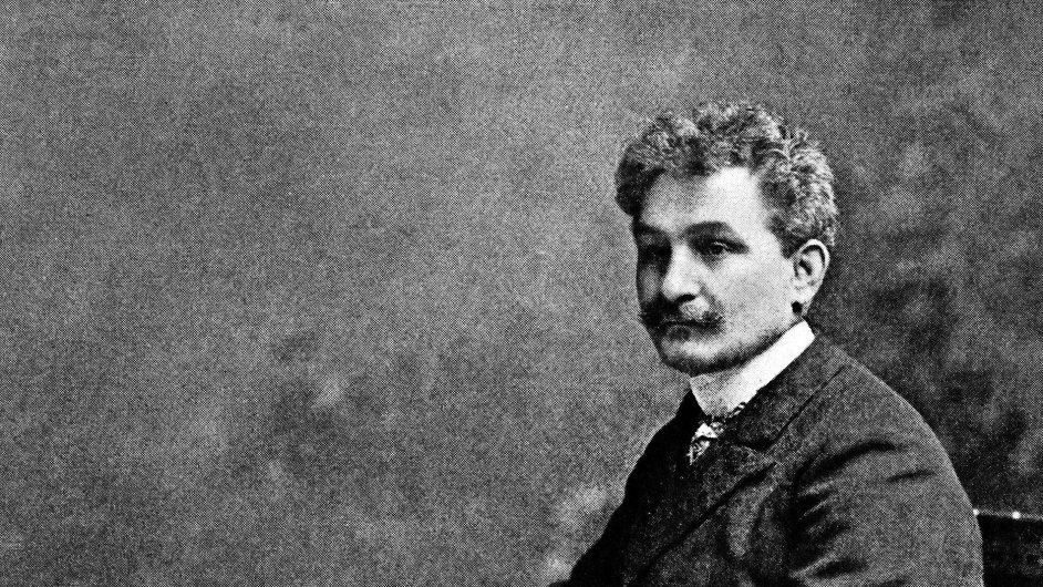 Nejen po hráčích, pěvcích, dirigentech, ale i po divácích Janáčkova hudba žádá, aby se vydali.