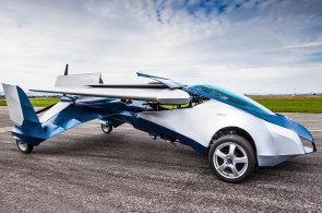 Deset věcí, které vy ani český ministr zahraničí asi nevíte o létajících autech