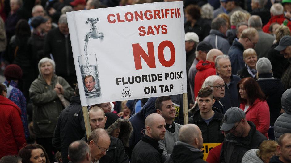V Irsku se konalo téměř sto demonstrací.
