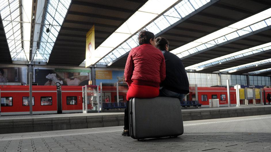 Německou železnici ochromila rekordní stávka.