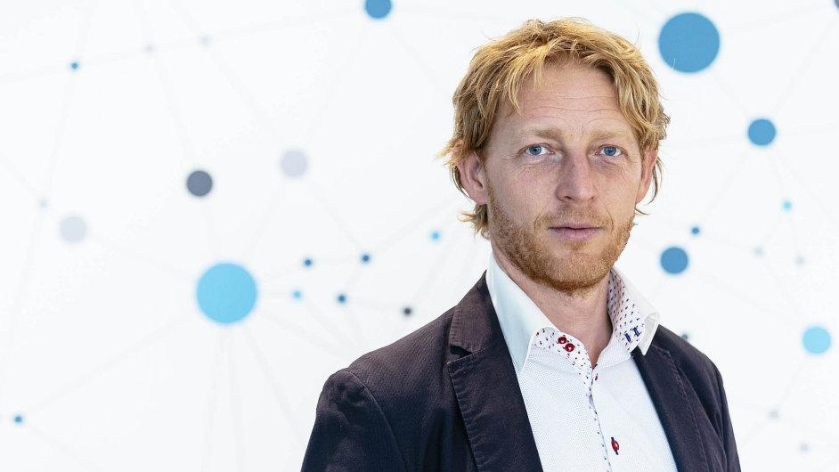 Do české vědy se podle informací týdeníku Ekonom chystá investovat také miliardář Karel Janeček.
