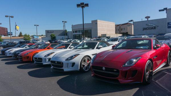 V �esku by mohla vyr�st automobilka Jaguaru. Zam�stnala by �est tis�c lid�