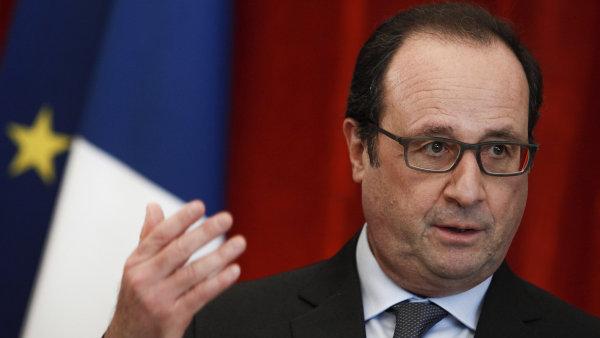 Francouzský prezident Hollande prodlouží výjimečný stav.