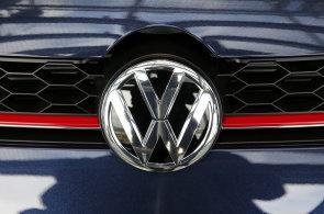 K �alob�m na Volkswagen se p�ipoj� i norsk� fond. Ztr�ty kv�li Dieselgate vy��slil na miliardy korun