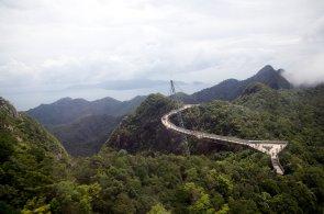 Vzhůru do oblak: Vydejte se desítky metrů nad zem na nejznámější vyhlídky světa
