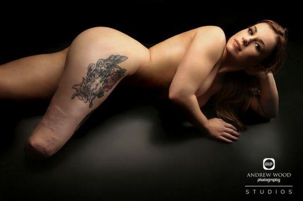 latinské nahé modely
