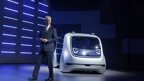 Volkswagen představil v Ženevě koncept plně autonomního vozu bez volantu