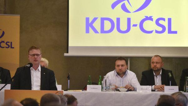 Odvážné rozhodnutí. Šéf lidovců Pavel Bělobrádek věří, že se jim sázka na koalici se Starosty vyplatí.