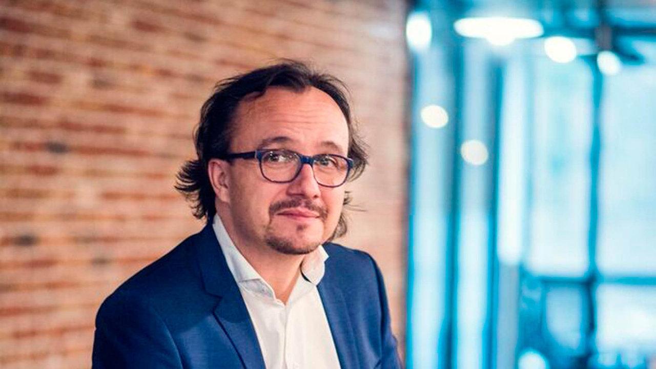 Nově vytvořenou funkci generálního ředitele největší vzdělávací skupiny vČR Edua Group obsadí David Vrba (46).
