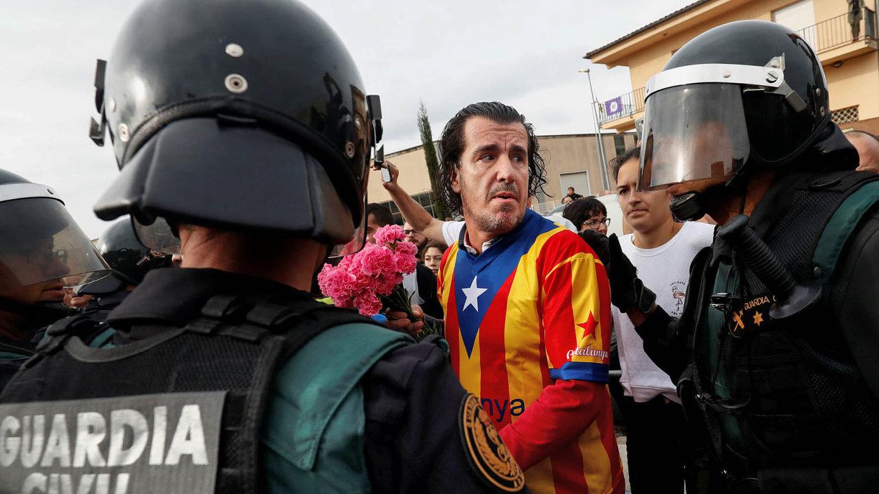 Katalánsko může brzy vyhlásit nezávislost. Tento krok by znamenal nejhlubší ústavní krizi odpřechodu kdemokracii posmrti diktátora Franciska Franka před 42 lety.