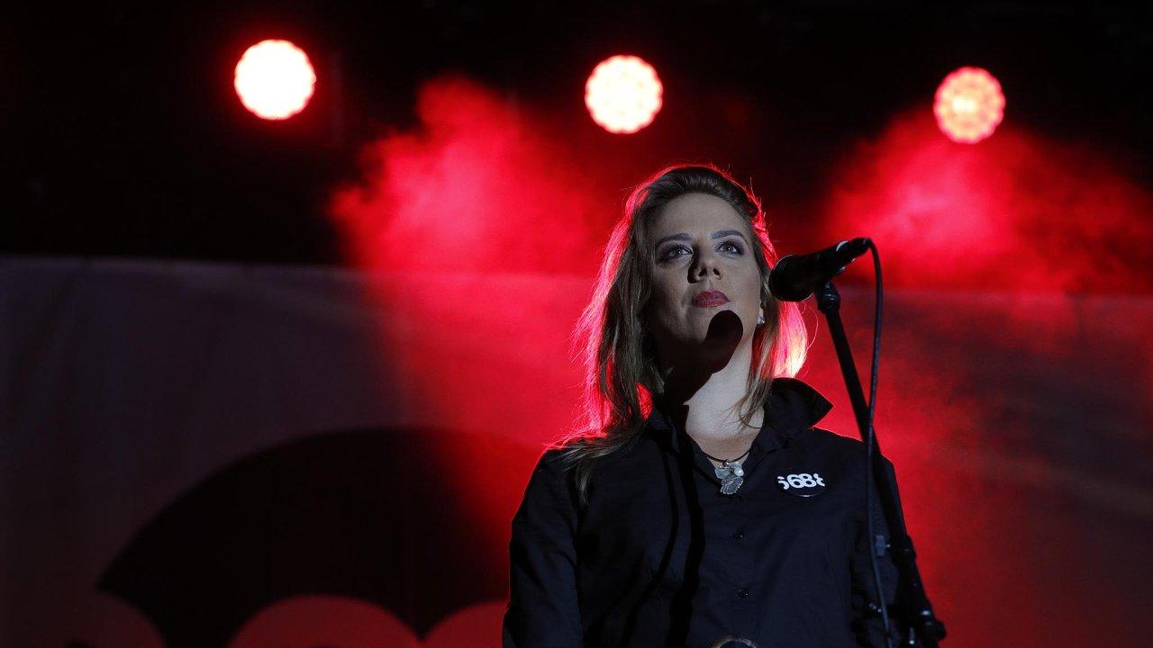 Aneta Langerová vystoupila na včerejším koncertu na Václavském náměstí.