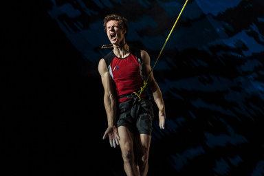 Rok 2018 očima fotografa Lukáše Bíby: Získal cenu Czech Press Photo za snímky lezce Adama Ondry, fotil ale také koncerty Rolling Stones nebo U2