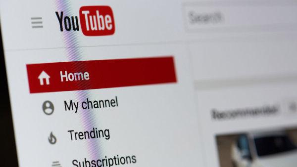 YouTube čelí dalšímu skandálu se zneužíváním dětí. Vyhledávací algoritmus nabízí závadná videa, velcí inzerenti ruší kampaně