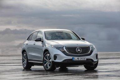 Produkce nového elektromobilu Mercedes EQC naplánovaná na letošní rok byla během dvou týdnů vyprodána