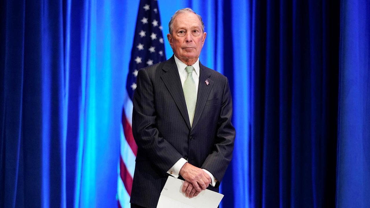 Drahá kampaň. Michael Bloomberg podpořil svou kandidaturu v demokratických prezidentských primárkách tolika penězi, kolik nedali všichni soupeři dohromady.