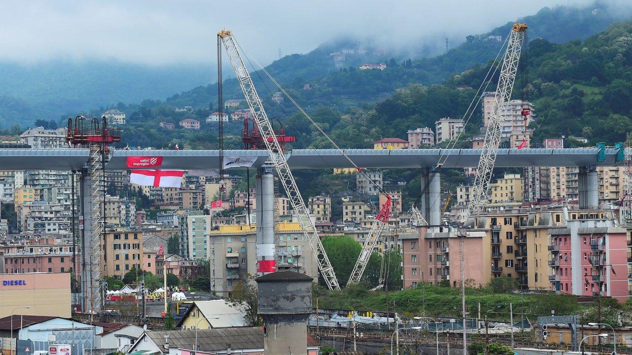 Janov most stavba