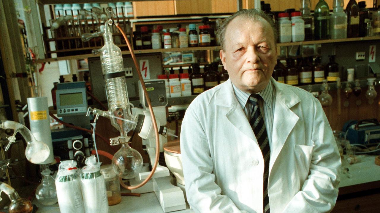 Profesor Antonín Holý