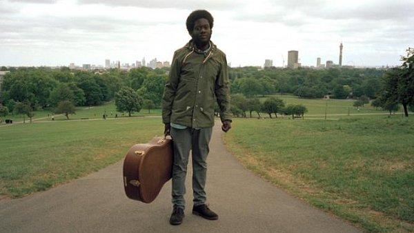 Sametový hlas a akustická kytara, to jsou hlavní zbraně Kiwanukeho, který získal cenu BBC Sound of 2012