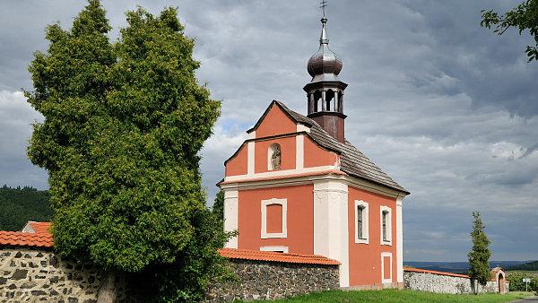 Barokní kaple ve Valči