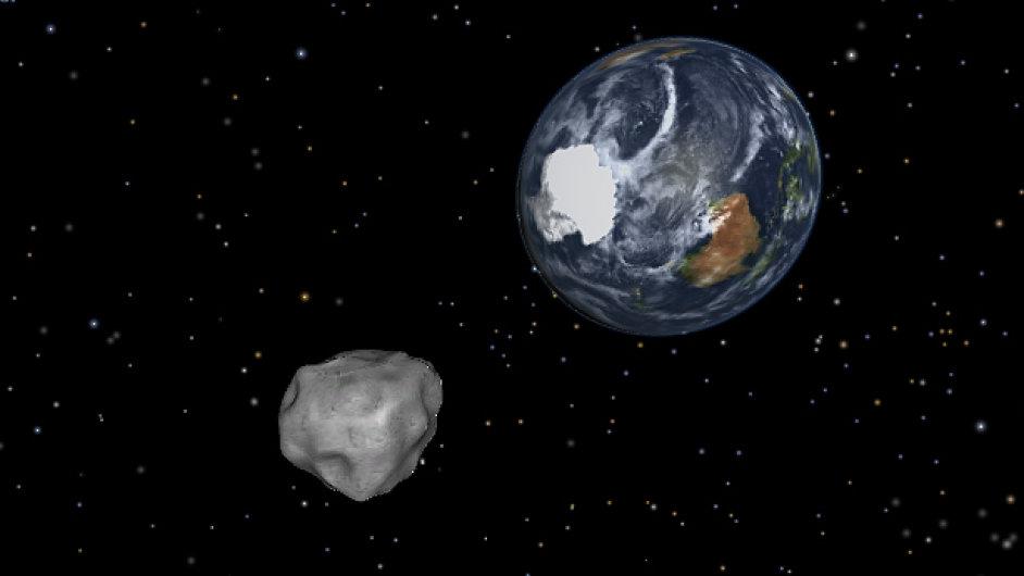 Planetka 2012 DA14 mine Zemi