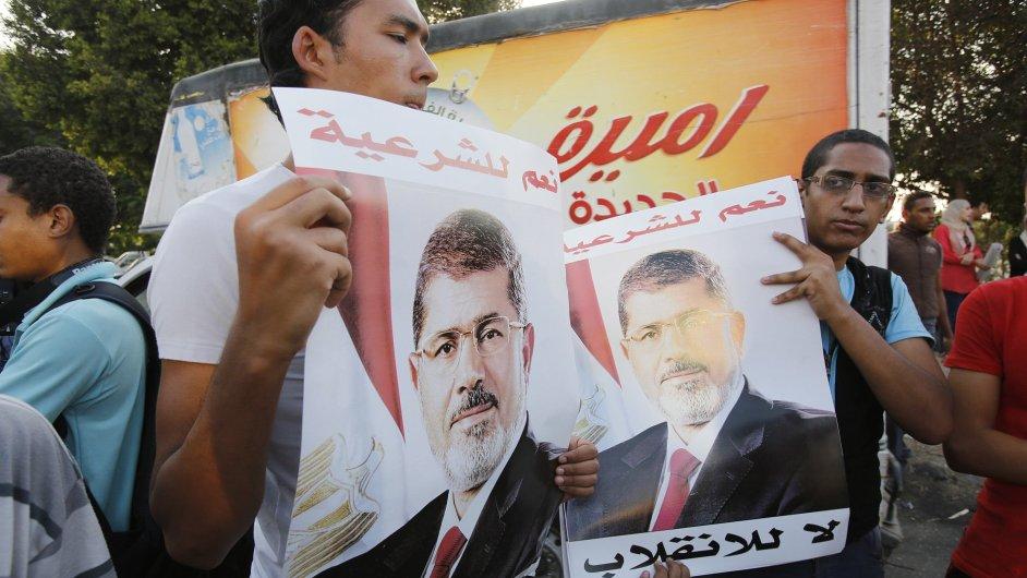Muslimské bratrstvo stále v ulicích